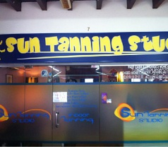 Sun Tanning Studio Photos