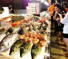 Pasar Bella Photos