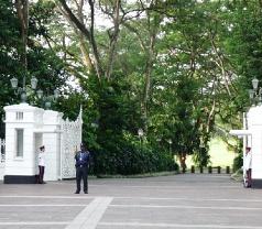 Istana (ISTANA) Photos