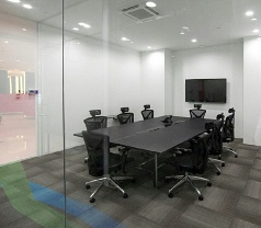 Greenhub Suited Office Photos