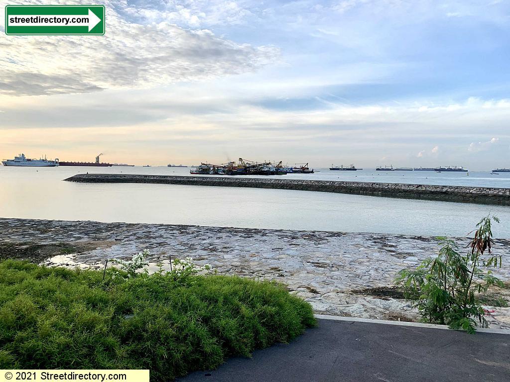 Marina East Breakwater
