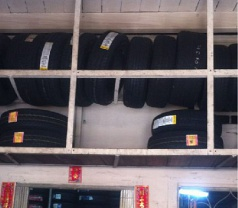 Sinma Battery & Tyre Photos