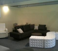 Keng Cushions Trading Photos