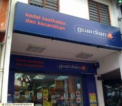 Kedai Kesihatan dan Kecantikan Guardian Photos